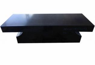 Pedestal Bench <br/><br/>